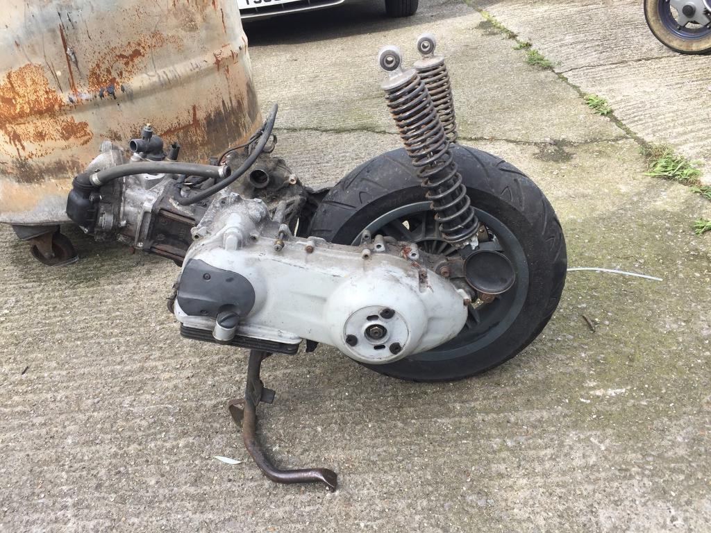 Piaggio 250cc engine