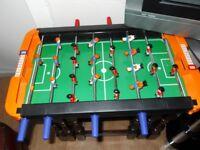 KIDS TABLE TOP FOOTBALL TABLE (34x57 CMS)