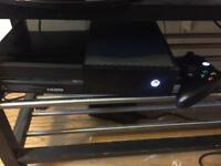 Xbox one 500gb + 9 games one control