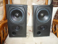 A Matched Pair of MISSION 731 Hi Fi Speakers. Top Quality clear sound 35to75 Watts at 8 Ohms