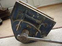 Record 52and1/2E vintage woodworking bench vice