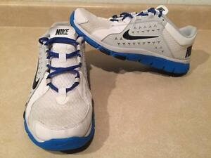 Men's Nike Flex Running Shoes Size 11