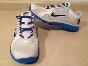 Men's Nike Flex Running Shoes Size 11