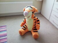 Large Tigger soft toy