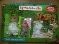 SYLVANIAN FAMILY VARIETY EXCELLENT CONDITION