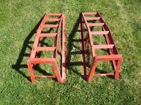 Pair of stackable steel car ramps