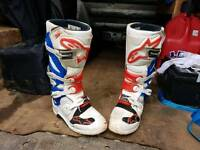 Alpinestar tech 7 boots size 8 (motocross mx kit)