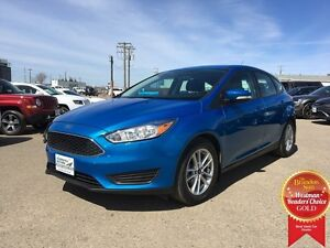 2015 Ford Focus HB SE *Backup Camera* *Heated Cloth*