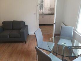 2 bedroom flat in Kilburn, London, NW6 (2 bed) (#1227398)