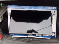 32 samsung smart tv practically brand new perfect condition comes with the box & evrything included