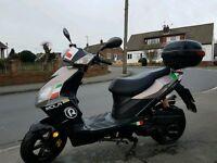 Motobi 50cc scooter - Low Milage