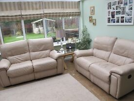 2 x Leather Electric Recliner Sofa - Cream