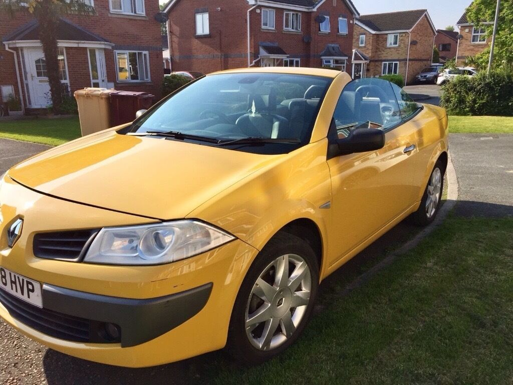 2008 renault megane 1 6 vvt dynamique convertible yellow in radcliffe manchester gumtree. Black Bedroom Furniture Sets. Home Design Ideas