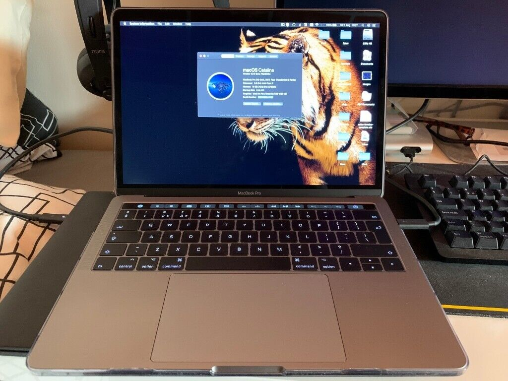 MacBook Pro 13 inch / Touch Bar / i7 / 512GB SSD / 16GB RAM / Space Grey /  Mid 2017 | in Oadby, Leicestershire | Gumtree