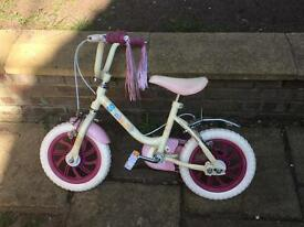 Girls Raleigh sunbeam bike