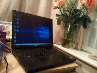 17 inch Dell Vostro 2 x 2.1ghz + GeForce m9600gt + 250gb + 3gb ram