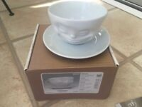 """Tassen coffee cup by fiftyeight products """"grinning"""" white porcelain with saucer"""