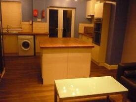 5 Bedroom Student Property on Ilkeston Road, Lenton