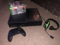Xbox one, games and headset