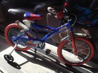Spider-Man child's bike with stabilisers