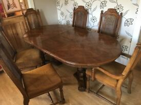 EXTENDING DINING TABLE TABLE WITH 6 CHAIRS
