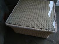 M & S WICKER COFFEE TABLE WITH GLASS TOP IN VERY GOOD CONDITION REDUCED TO ONLY £20 FOR QUICK SALE