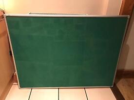 NOBO PRESTIGE GREEN PIN BOARD