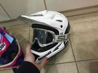 Six six one sixsixone 661 downhill dh helmet