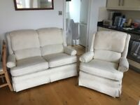 *QUICK SALE NEEDED* Selling a high quality sofa suite- 2 and 1 seater