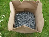 Galvanised, Spring head, SquareTwisted shank Roofing nails 65 x 3.35mm.