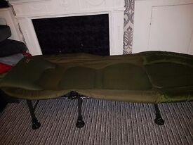 TFG 6 leg bed chair