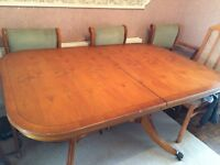 Dinning table, never been used without a tablecloth. £60 ono