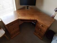 Great condition, quality solid pine corner computer desk, nice colour, keyboard shelf, 4 drawers