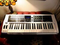 Novation Impulse 49 White Midi Controller Keyboard