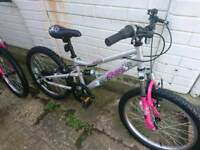 """Girls mountain bike as new condition hardly been used suit 5 ish to 7""""8 ish"""