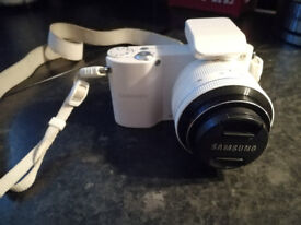 Samsung NX100 Interchangeable Lens Camera (For Sale In Paisley)