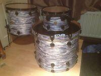 DW Drum kit. 24'' Bass ,18'' Floor, 13''Hi