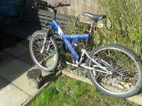 Apollo excel mountain bike 18 speed 26 inch wheel