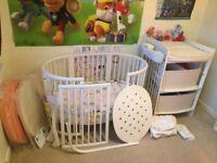 White Stokke Sleepy Mini (Crib) + Stokke Sleepy Bed (Cotbed) + Stokke Care Changing Table SET
