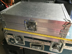 "Mixer flight case 21"" x 17"" x 8"""
