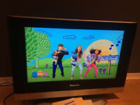 "Panasonic Viera 26"" LCD TV TX-26LXD500, Freeview, Remote, Antenna, Instructions, HDMI, Scart"