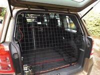 Tail Gate Dog Guard Vauxhall Zafira B
