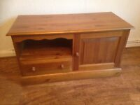 TV unit with doors and draws. Solid wood.