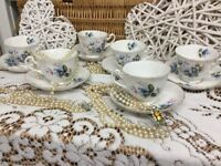 REDUCED Vintage Stunning Keawells England 22k Gold Teacup & Saucers