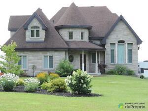 665 500$ - Bungalow à vendre à Grenville-sur-la-Rouge