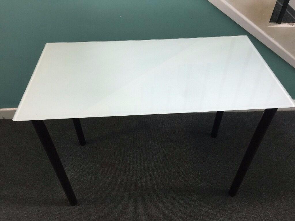 Ikea glasholm adils computer desk in swansea gumtree