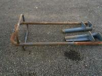 International tractor Roll bar