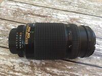 AF Nikkor 70-300mm 1:4-5.6D camera lens