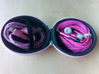 Hard Storage Case With Headset & Lightning Cable Pink