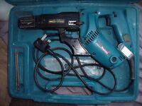 Makita 240V drywall screwdriver gun - model 6834